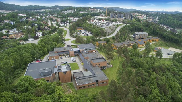 drone-hele-campus2